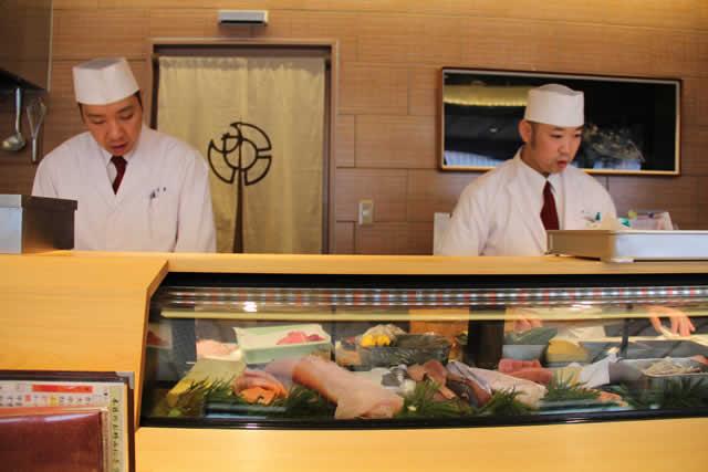 写真:宇治山田駅の割烹料理屋