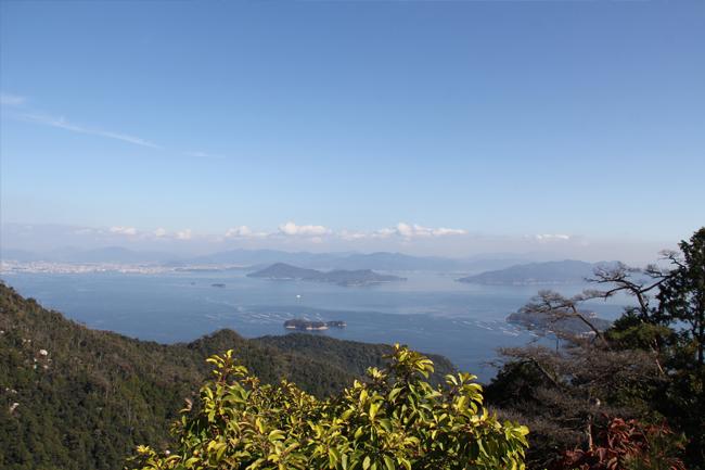 写真:弥山展望台からの眺望