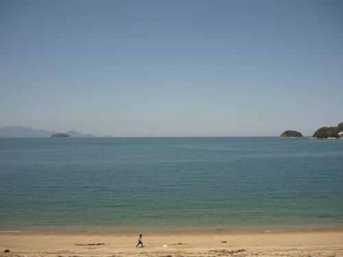 写真:さぬき市の思い出の海が目の前に広がります。